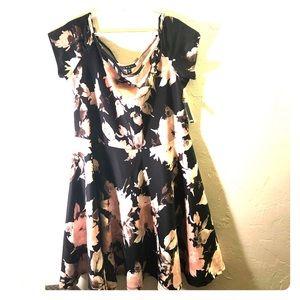Floral Plus Size Dress!